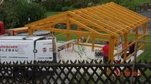 Carport-Satteldach ohne Deckung