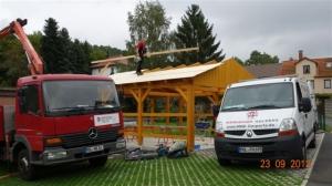 Dacharbeiten am Carport